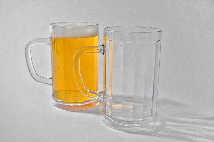 beer mug 0,4 l made of plastic