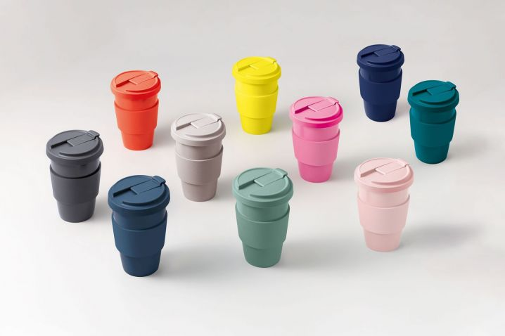 Lids and sleeves for Coffee to go cups